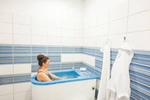 Kąpiel wirowa kończyn dolnych/ kręgosłupa L/S
