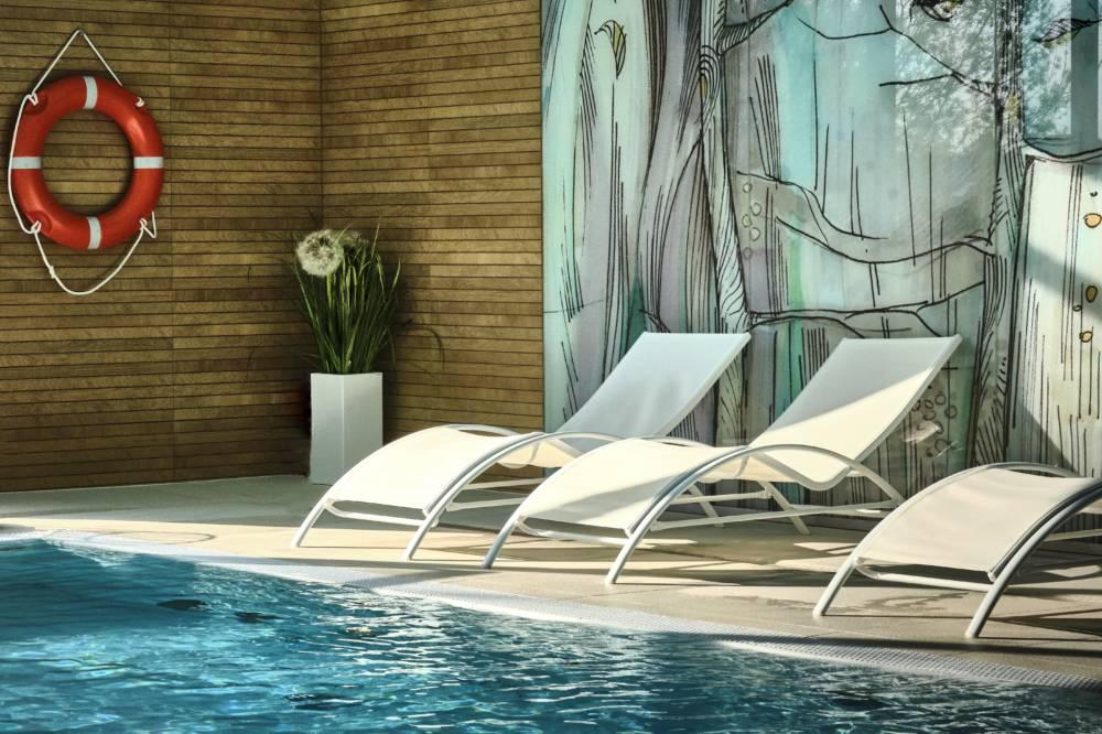 strefa wypoczynku na basenie